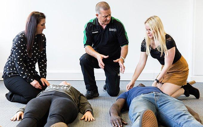 How do Employers benefit from First Aid Training Courses